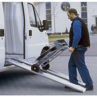 Passerella di carico e carico in alluminio m5441 kaiser for Rampe di carico in alluminio