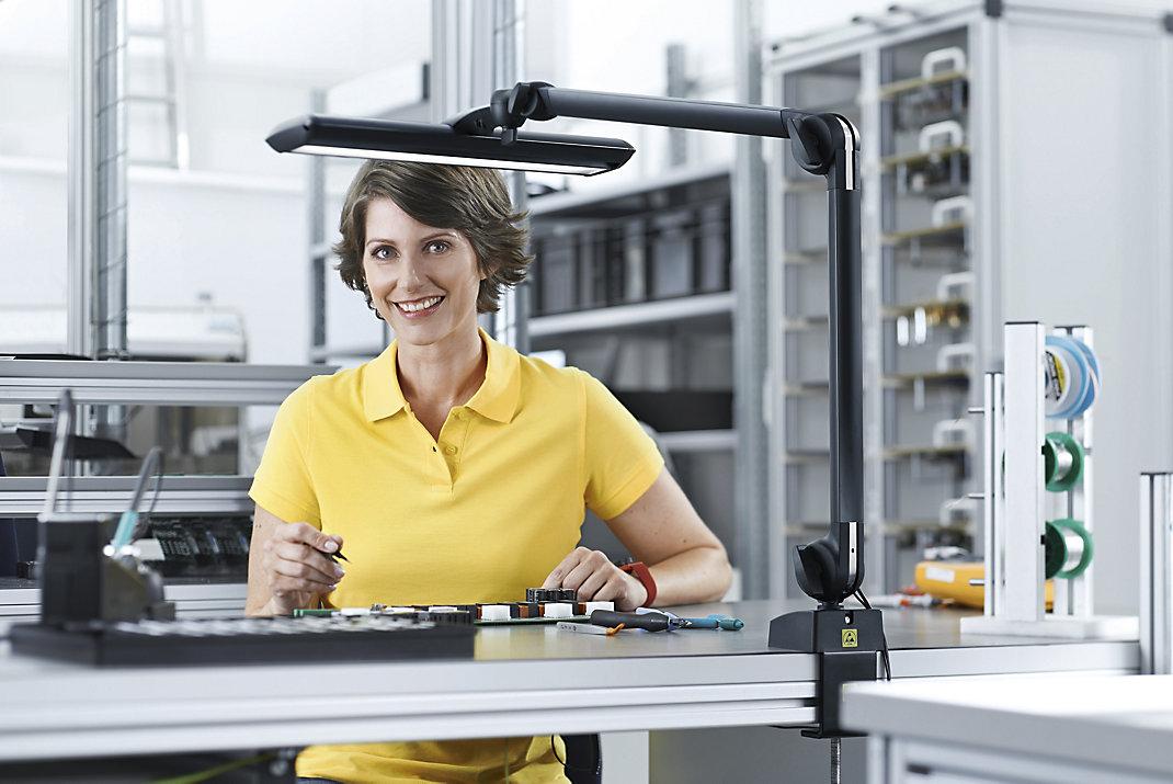 Arbeitsplatzbeleuchtung für den Betrieb wt$