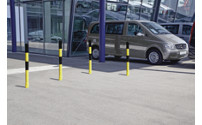 Barrier post made of steel tubing, flexible