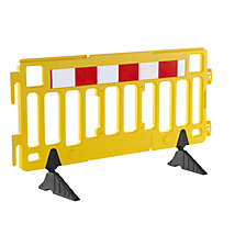 Plastic barrier fencing