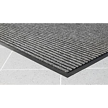 Brush entrance matting