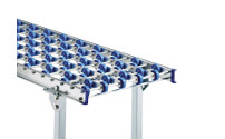 Light duty skate wheel conveyor, steel frame with zinc plated steel skate wheels