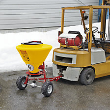 Salt spreader
