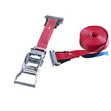 Restraint strap with pressure ratchet
