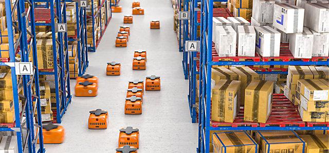 Robot u skladištu s visokim regalima