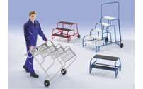 Safety machine steps with aluminium steps, ribbed