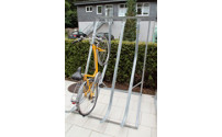 Semi vertical cycle rack