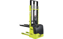 Drawbar stacker