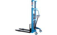 High lift stacker