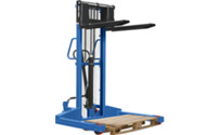 Wide gauge stacker