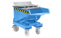 Tilting skip with roll-off mechanism