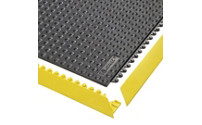 Plug-in floor tile system, nitrile rubber, studded